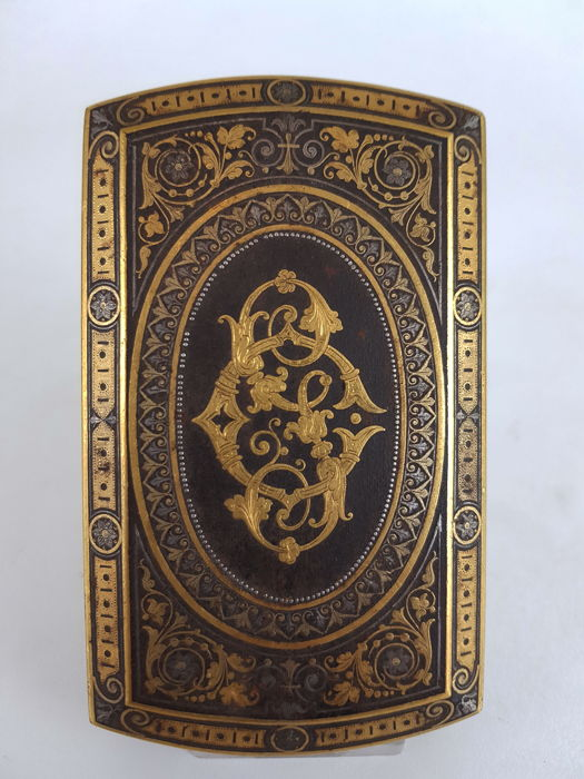 A Toledo steel. gold and silver cigarette case signed by Pologlia, Spain, 19th century