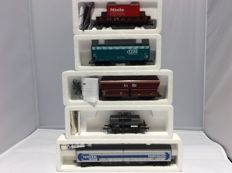 Roco H0 - 46661, 67710, 46324 - 5 pieces various freight cars (2392)