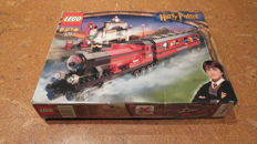 Harry Potter - 4708 - Hogwarts Express ( Train 9 V )