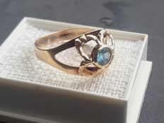 14k gold ring with 0.5ct topaz, size 17.70mm/1.6g***no reserve
