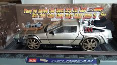 Back to the Future III - SunStar - scale 1/18 - DeLorean time machine Railway version