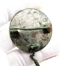 Ancient Roman bronze mirror brooch with chain - 39mm / 13 grams