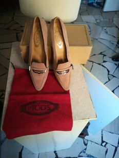 Tod's court shoes, No Reserve, size 39