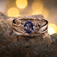 Sapphire, 18K gold ring. Gemstone weight: 1.24 CT. Ring Size: US 6.5, France 53, China 13, diameter 16.9 mm.