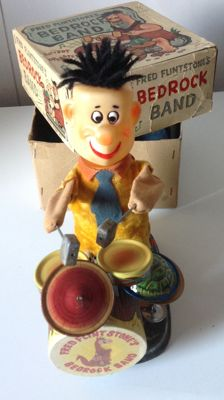Alps, Japan - Height 22 cm - Fred Flintstone Bedrock Band with battery engine, 1960s