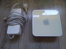 Apple Mac Mini - Model A1103 - PowerPC G4 1.25Ghz, 512MB RAM, 40GB HDD, CD Writer, OS X Tiger - with power supply
