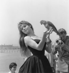 Unknown - Brigitte Bardot,  Cannes, 1960's