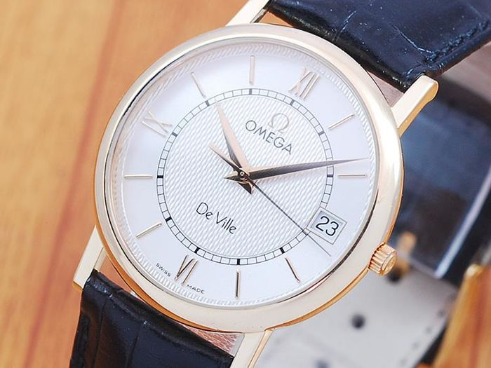Omega De Ville 18K Solid Gold - Men's Watch!
