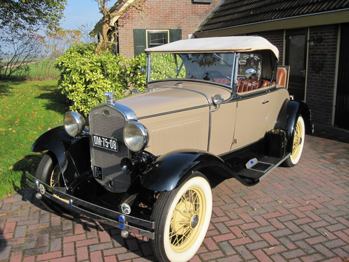 Ford - A - Roadster DeLuxe - 1931