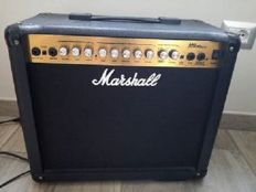 Marshall MG 30 DFX guitar amplifier
