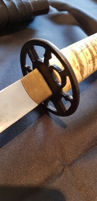 Wakizashi bone and wood