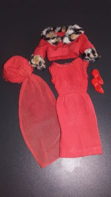 "Vintage Barbie ""Matinee Fashion 1965 - #1640"" by Mattel"