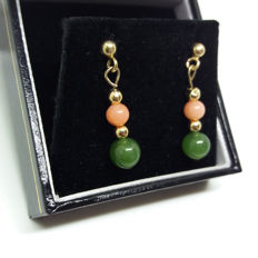 Exquisite Vintage 9ct/9k Gold Natural Coral and Genuine Natural Jade Earrings