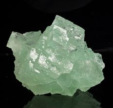 Green Halite with rare Atacamite and Paratacamite inclusions - 7,4 x 6,0 x 4,4 cm - 155 gm