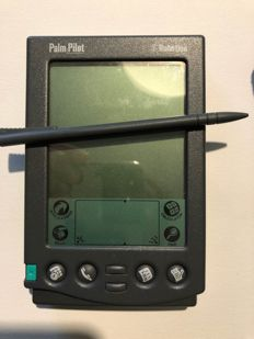 Palm Pilot Professional - with cradle