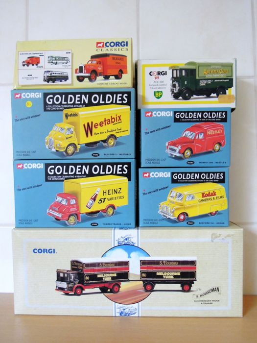 Corgi - Scale 1/43 - Lot with 7 items: Mack 52504, AEC 508, Bedford 19302, Morris 06502, Thames Trader 19303, Bedfort 05601 and S. Houseman truck
