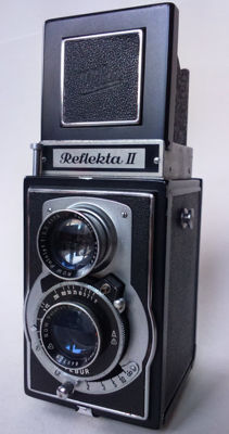 Reflekta II TLR camera with Vebur ROW Pololyt Germany 3.5 - 75mm lenses