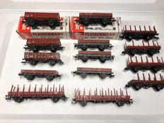 Fleischmann H0 - package with 14 varied DB flatcars, boxcars and stanchion wagons