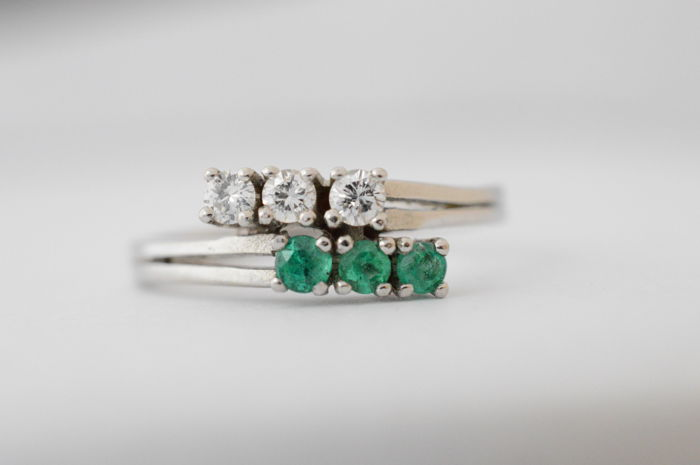 White gold ring set with emeralds and diamonds | no minimum price