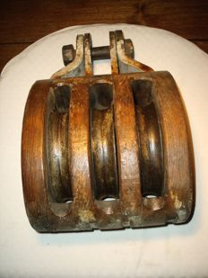 Ship pulley, block 3 discs, WW2.