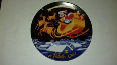 Lot of 23 Disney Christmas plates from 1981 (first) to 2009 (last)