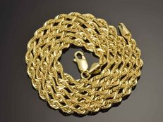 "18K Gold Necklace. Chain ""Cord"" - 60 cm. Weight 7.87 g. No reserve price."