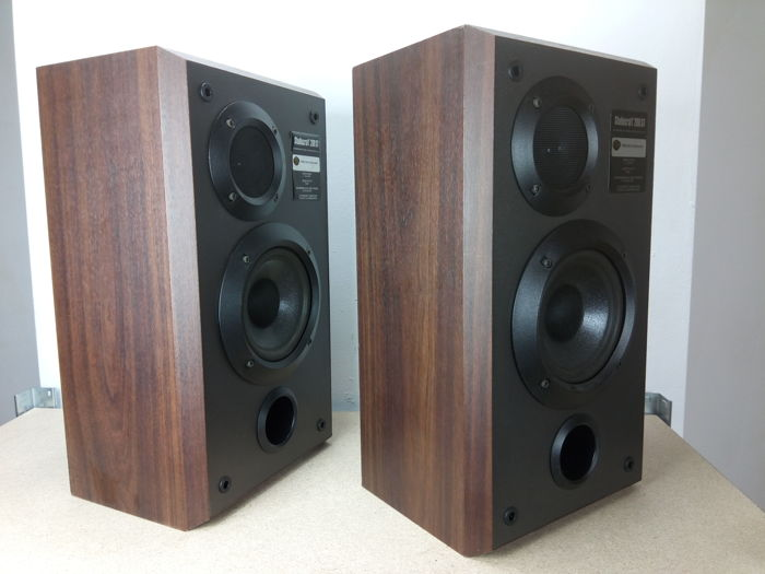 2 bose made studiocraft 200st paired speakers catawiki. Black Bedroom Furniture Sets. Home Design Ideas