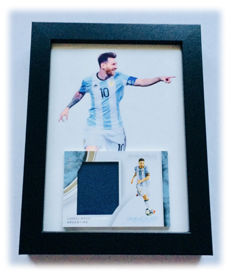 Panini - Lionel Messi - Card with Authentic Piece of a Jersey Used in an Argentina Official Game - Limited Edition 37/49.