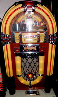 "XXL Musikbox Jukebox Retro "" Wurlitzer"" Elta 2752, mit Radio, Tape und CD Player, Fernbedienung im Western Look, Super!!"
