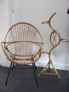 Manufacturer unknown - rattan armchair with a matching plant stand