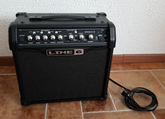 Line 6 Spider IV 15 15 Watts 1x8 guitar combo