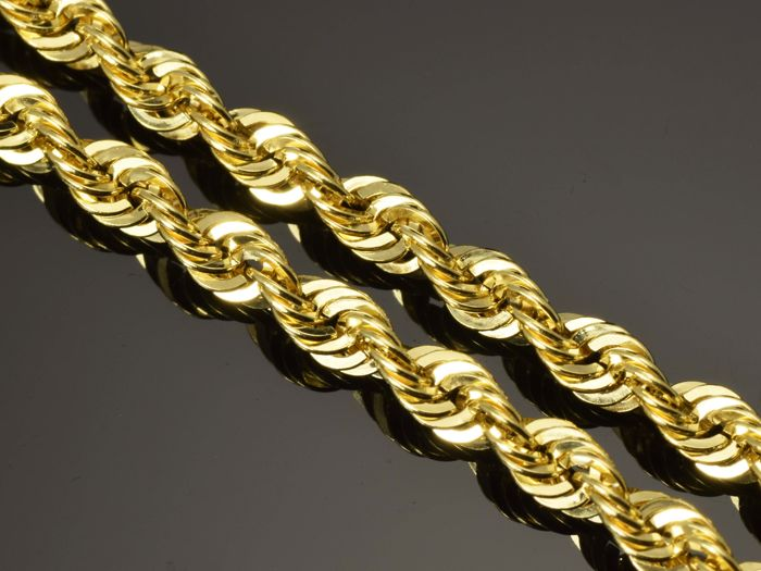 834c802c945aa 18K Gold Necklace. Chain