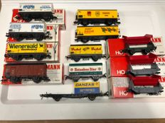 Fleischmann H0 - 12 part wagon set with freight cars and tipper wagons