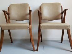 Manufacturer unknown - Two vintage chairs