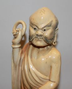Ivory sculpture, Lohan with mythical animal - China - approx. 1890–1910 (late Qing Dynasty)