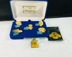 Disney, Walt - 5 pins in box + 2 pins - Classics Walt Disney Collection + Mickey's Toontown + 60 Years Mickey (1992/1997)