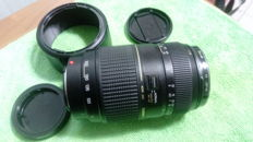 Tamron zoom macro 70/ 300 f 4 / 5.6  for Sony A - complete with front and rear caps + UV filter