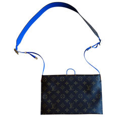 Louis Vuitton Messenger Bag from SS18 show - very rare prototype