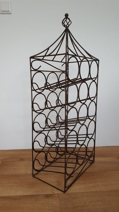 Iron Wine Rack for 15 bottles