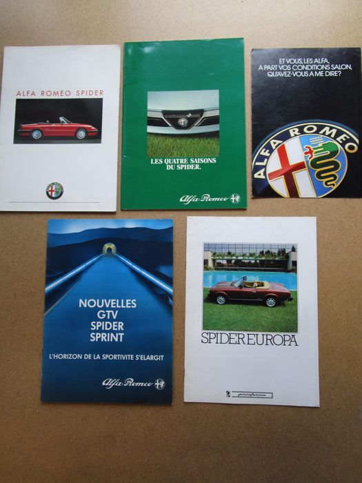 ALFA ROMEO - Lot of 5 brochures for Spider and Europa - 1980
