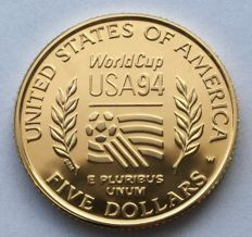 United States – 5 Dollars 1994 'World Cup Soccer' – gold