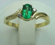 14 Ct Yellow Gold Emerald Ring with Diamonds, Size 16.5 mm, Total Weight 2.74