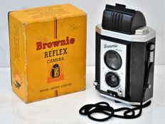 1946  KODAK  'Brownie Reflex'  Camera.