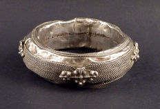 Old Tuareg silver bracelet -  early to mid XXth century