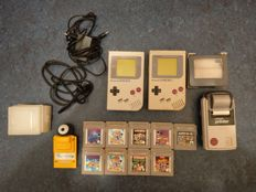 2 nice Gameboy Classics with games, Gameboy printer and Gameboy camera