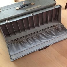 Two large shoe cases - 96.5 x 20 x 29.5 cm - 20th century