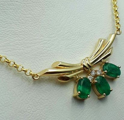 14 Ct Yellow Gold Necklace (45 cm) With Emerald & Diamonds, Length 45cm, total weight 4.88g