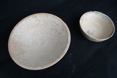 Roman Ceramic Pottery Dishes (2) - D: 155 mm/ 90 mm
