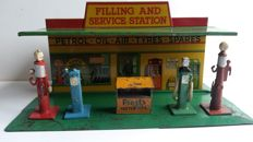 Dinky Toys - Scale 1/43 - Petrol Station No.48 and No.49 Petrol Pumps - 1935