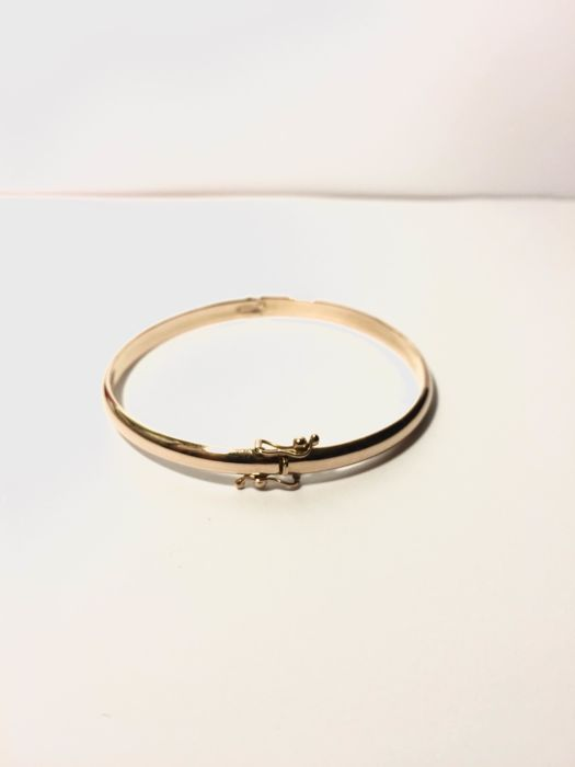 Beautiful 18 kt gold bangle - Size: 50 cm